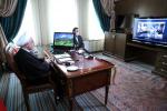 رئیس جمهور در نشستی از طریق ویدئو کنفرانس با مدیران و کادر درمانی بیمارستان امام خمینی(ره): دولت با همه توان در کنار پرسنل خدوم بخش بهداشت و درمان است